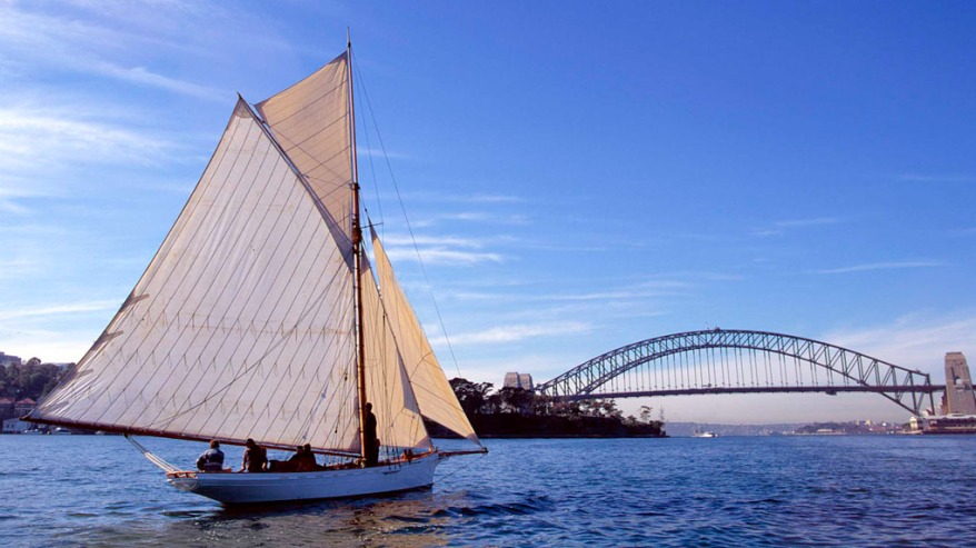 AKARANA ON SYDNEY HARBOUR *** Local Caption *** ANMM VESSELS FOLIO
