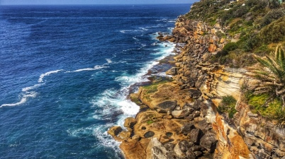 dee-why-headland-coastal-walk-sydney-australia-seafarrwide